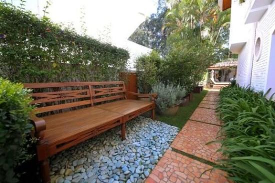 Gartenbänke - Ideen für die moderne Gartengestaltung