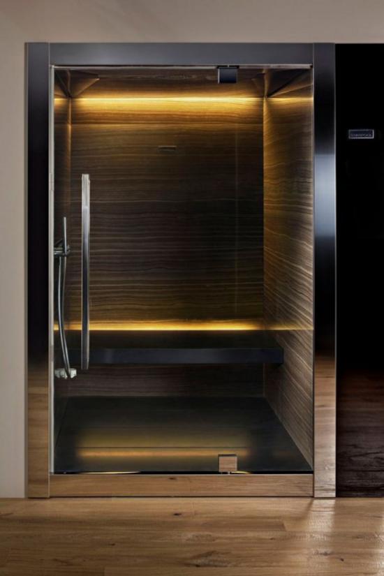 Heimsauna modernes Design ideen gefliest hinter Glaswand gute Beleuchtung