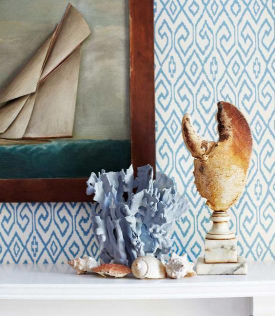 Kaminkonsole sommerlich dekorieren in Blau verschiedene Nuancen Tapeten Bild