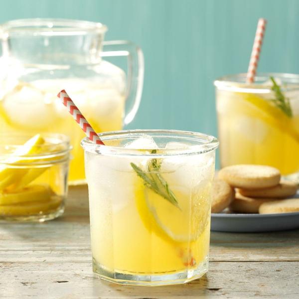 Kräuterlimonade selber machen Erfrischungsgetränke Limonade