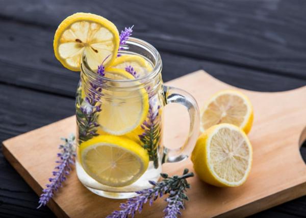 Kräuterlimonade selber machen Kräuter verwenden Lavender