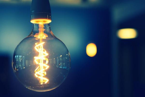 Notstromaggregat – welcher Antriebskraftstoff ist der Beste retro glühbirne im dunkeln