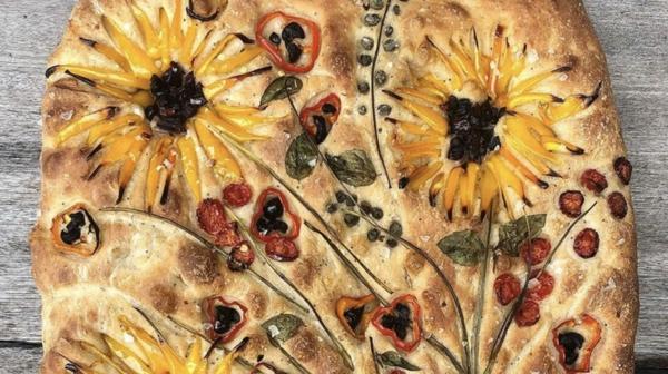 flower focaccia sonnenblumen aus gemüse food trend Teri Culletto @vineyardbaker