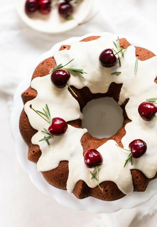 glasierter sommerkuchen sahne kirschen olive oil cake