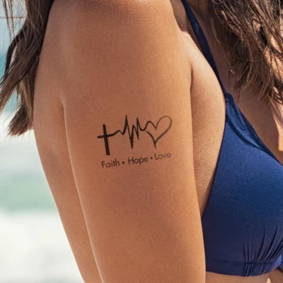 glaube liebe hoffnung tattoo oberarm frauen