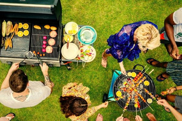 grillparty gartenparty organisieren grill kaufen