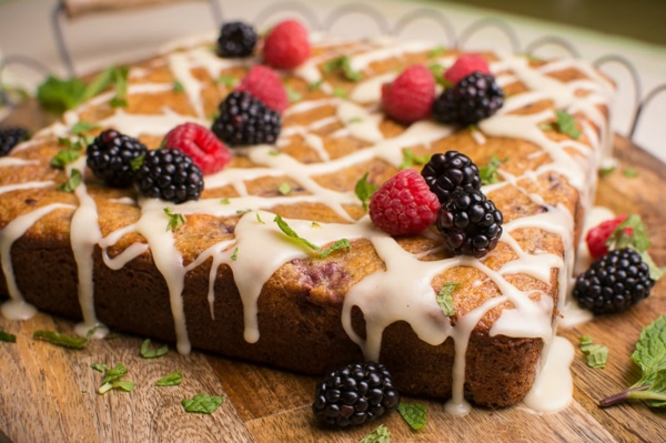 himbeeren brombeeren olive oil cake sommer