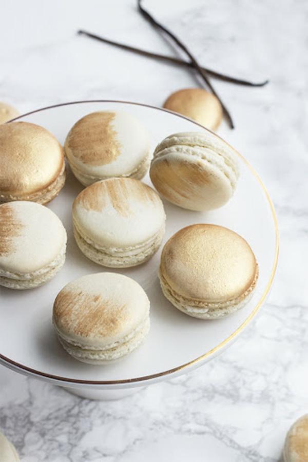 kunstvolle französische macarons mit vanille