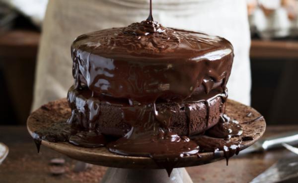 schokoladentorte bolo tsunami cake kuchentrend 2020