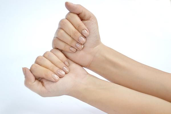 sehr schöne handpflege nagel gedundheit tipps