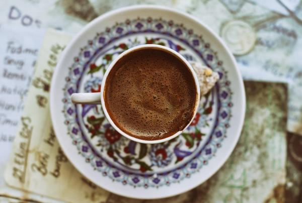 sehr schöne tasse türkischer kaffee