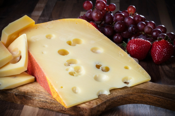 verschiedene Käsesorten Schnittkäse Jarlsberg