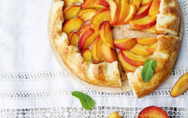 Pfirsichkuchen zubereiten zwei Rezepte kalorienarm gesund Genuss für den Gaumen