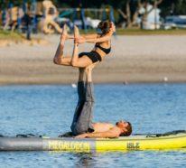 Was ist SUP Yoga und warum liegt es gerade voll im Trend?
