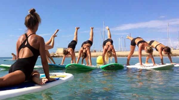 SUP Yoga Tipps Paddleboard Yoga Klassen