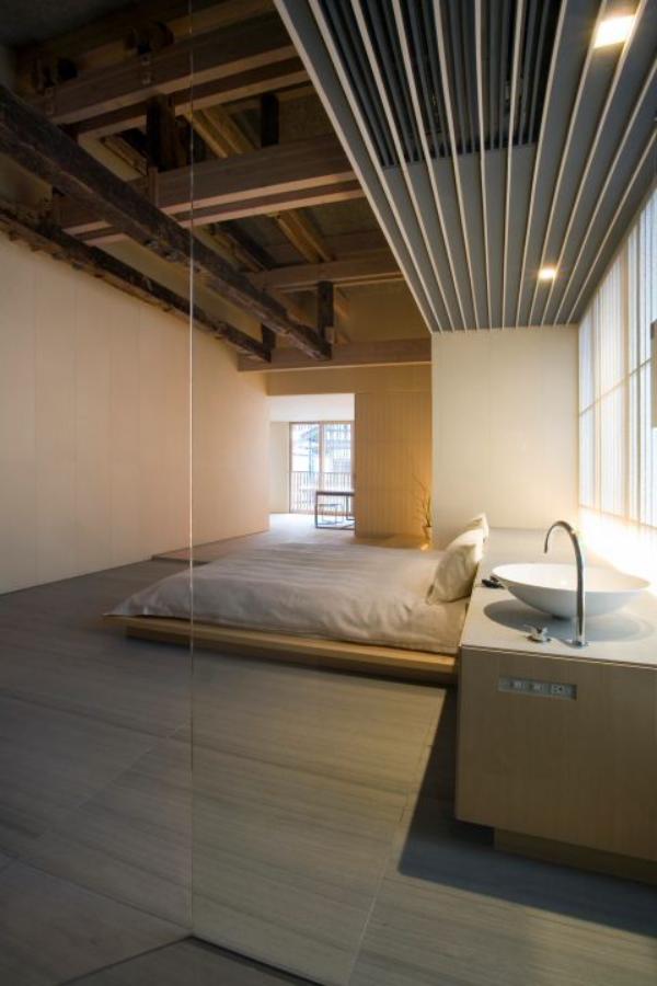 Schlafzimmer minimalistisch einrichten mit Bad einfaches Raumdesign
