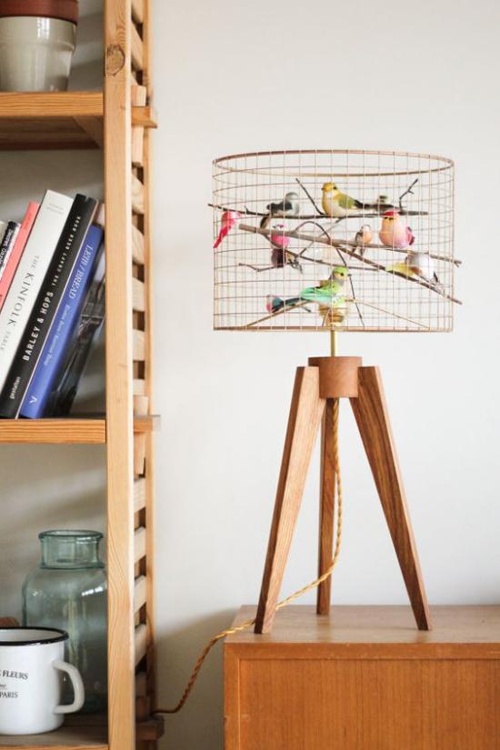 Tischlampen ausgefallen fantasievoll designt einzigartiger Vogelkäfig Lampenfuß aus Holz