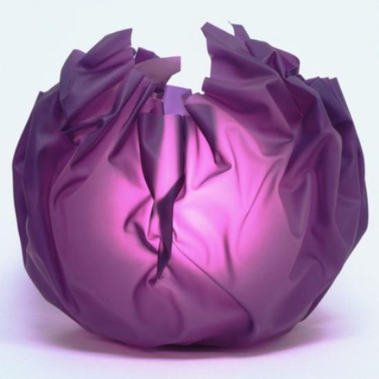 Tischlampen ausgefallen fantasievoll designt lila Stoffkugel eyecatching vile Farbe ins Interieur bringen