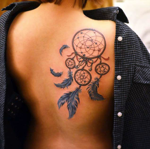 Traumfänger Tattoo - alles toll am Rücken
