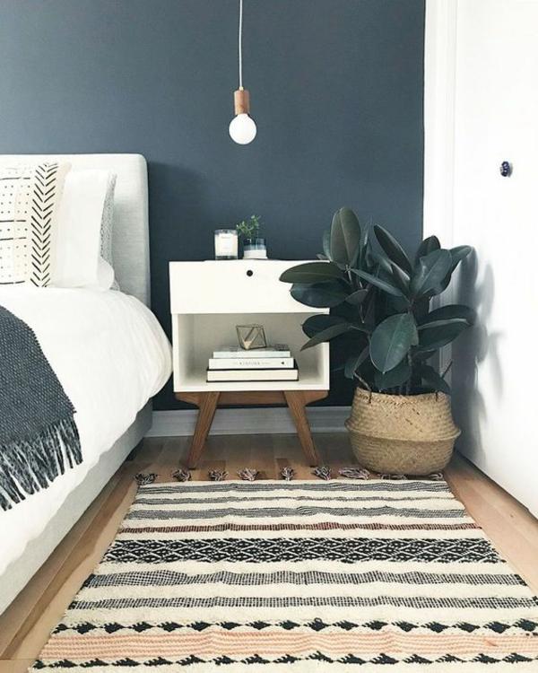 Wandgestaltung Schlafzimmer Wandfarbe Dunkelblau Akzentfarbe