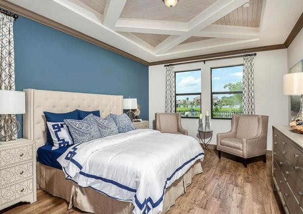 Wandgestaltung Schlafzimmer Wandfarben Blau Akzentwand