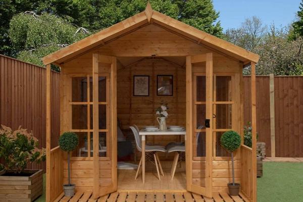 Warum in ein Gartenhaus aus Holz investieren