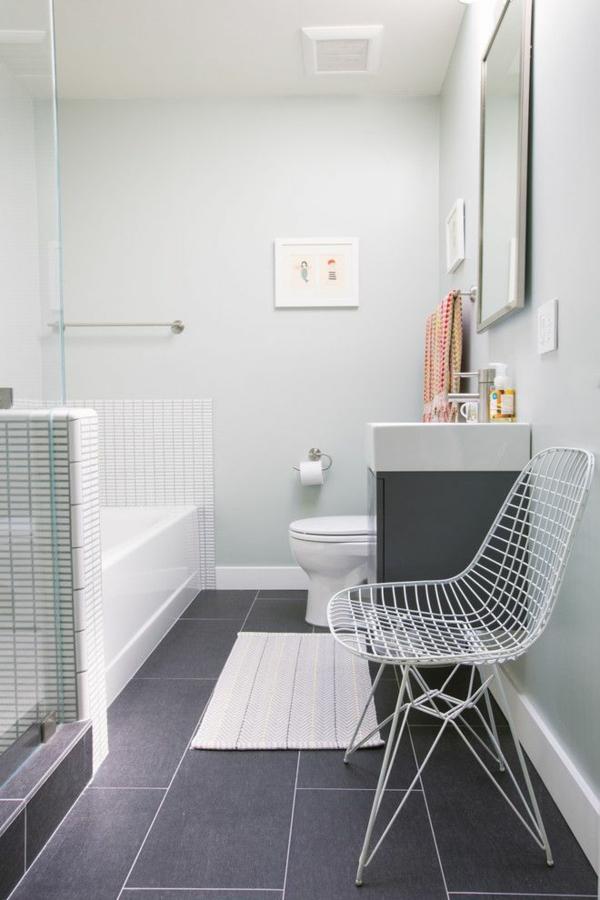 bad ohne fliesen wandfarbe weiß badewanne duschkabine