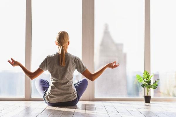 früh aufstehen yoga meditation