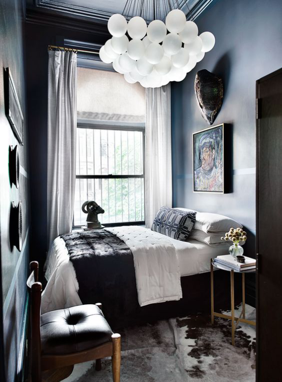 kleines Schlafzimmer schwarz dominiert nicht erwünscht im Schlafraum düstere Atmosphäre
