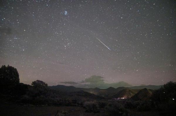 perseiden beobachten nachtshimmel sternschnuppen im august
