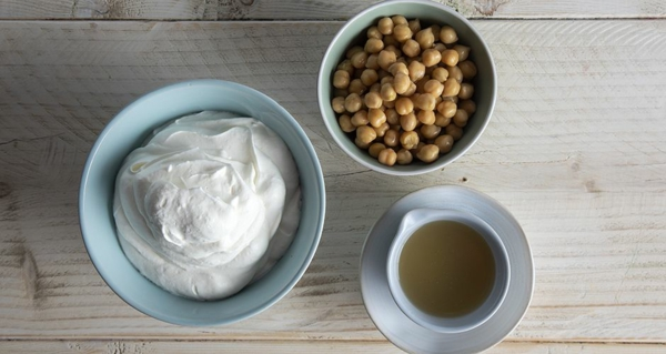 Aquafaba schlagen Rezepte Kichererbsenflüßigkeit zum Schaum schlagen