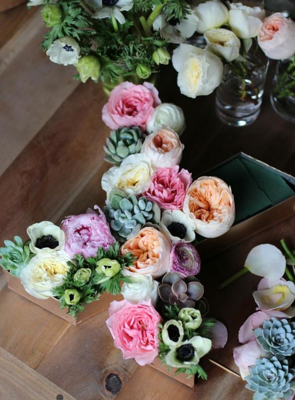Buchstaben mit Blumen Blumen Buchstaben selber machen