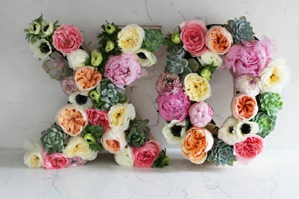Buchstaben mit Blumen Monogramm Blumen Buchstaben selber machen