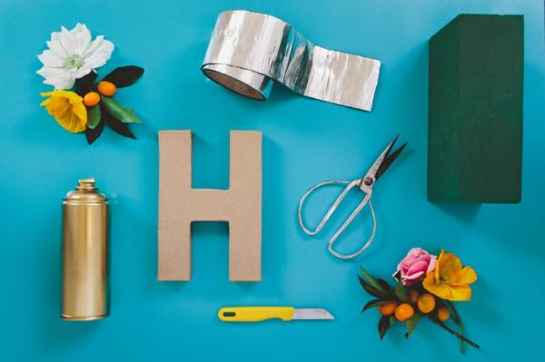 Buchstaben mit Blumen basteln Blumen Buchstaben selber machen