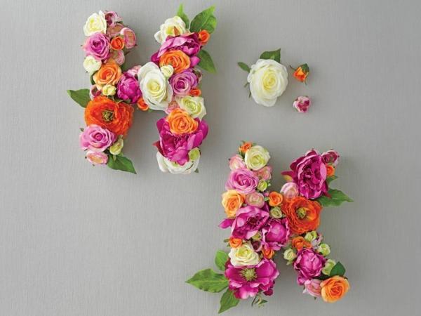 Buchstaben mit Blumen basteln Blumenbuchstaben selber machen