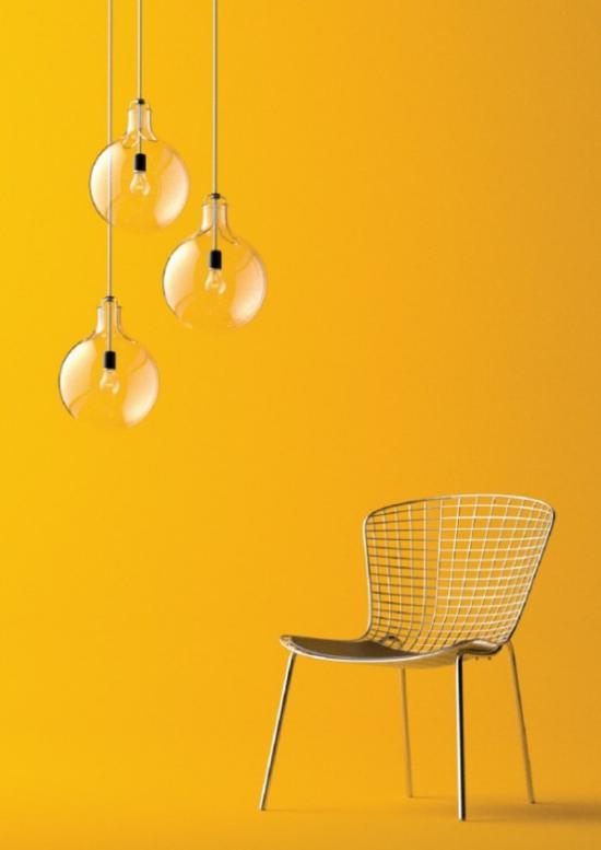 Hängeleuchten drei einfaches Design gelber Hintergrund Stuhl
