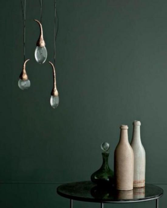 Hängeleuchten einfaches Design passt gut zu anderen Deko Artikeln im Raum