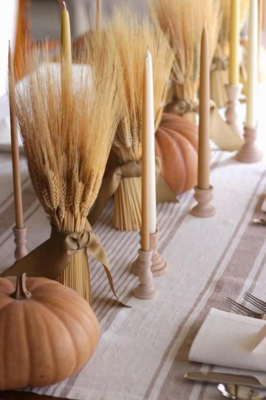 Herbstdeko mit Weizen Vintage Tischdeko Weizenbündel mit Schleife Vasen Kerzenständer Kürbisse