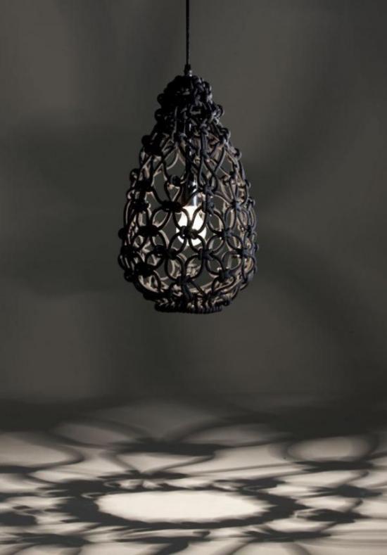 Moderne Hängeleuchten ausgefallene Form einzigartiges Design schwarz wie Gitter
