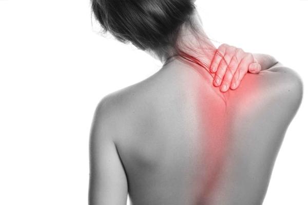 Nackenschmerzen Kopfschmerzen Wirbelsäule Nackenschmezen was tun