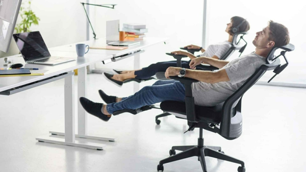 Rückenschonendes Sitzen im Büro sowie im Homeoffice2