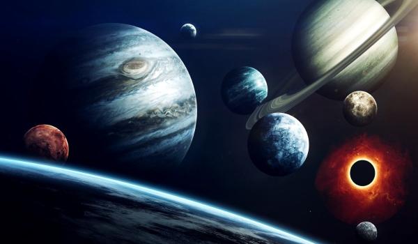 Rückläufer acht Planeten