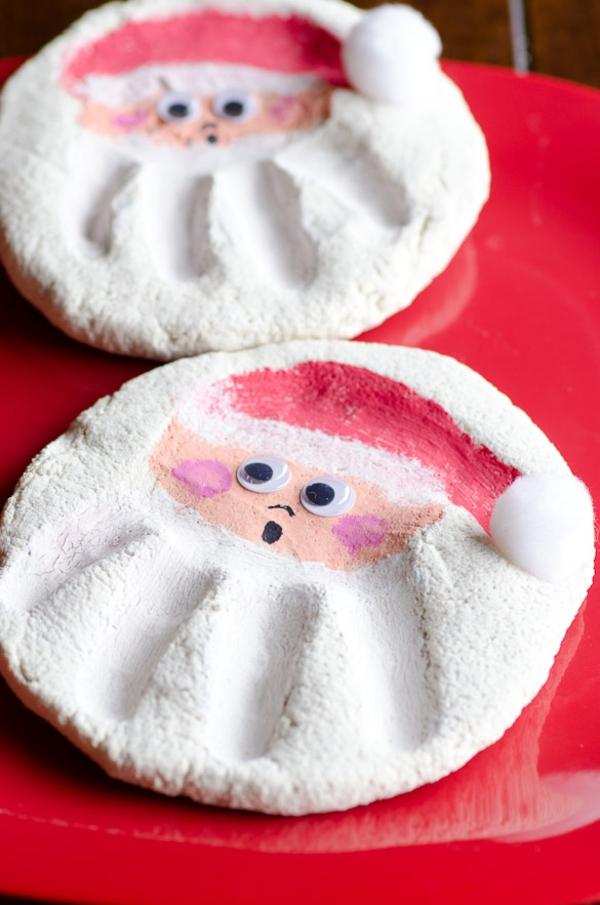 Salzteig Weihnachtsmänner machen Rezept Salzteig kneten und backen