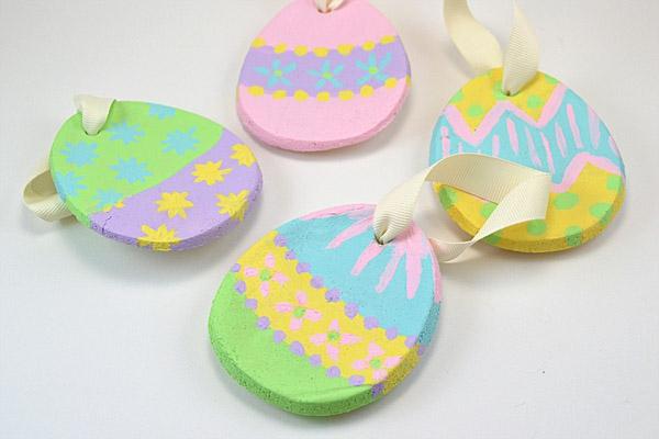 Salzteig machen Ostereier Ornamente Osterdeko Salzteig Ideen