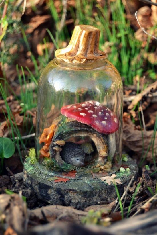 herbstdeko im glas mini wald igel pilze