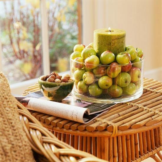 herbstdeko im glas windlicht idee kleine äpfel