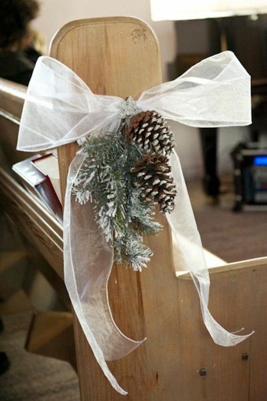 hochzeitsdeko stuhle mit zapfen dekorieren