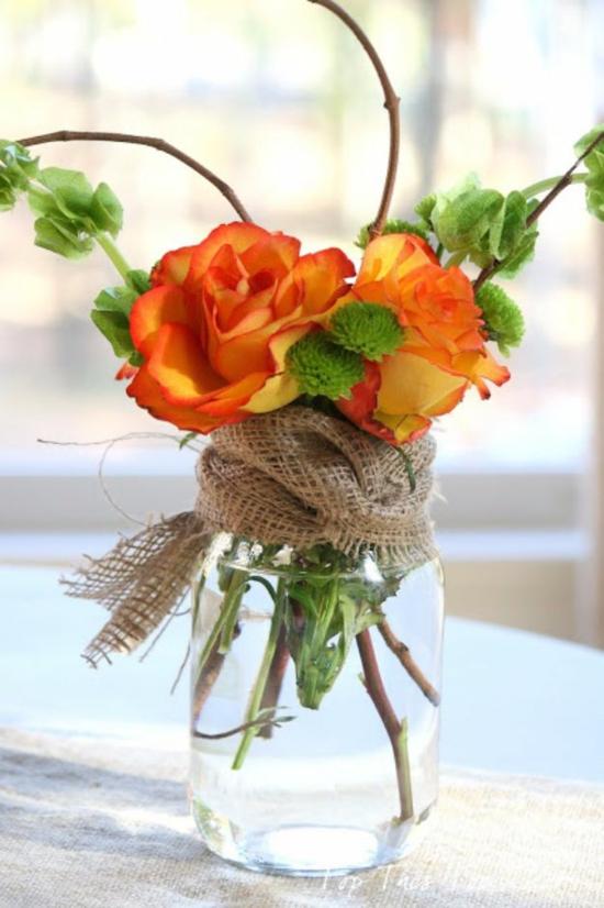 tischdeko herbst herbstdeko im glas rosen