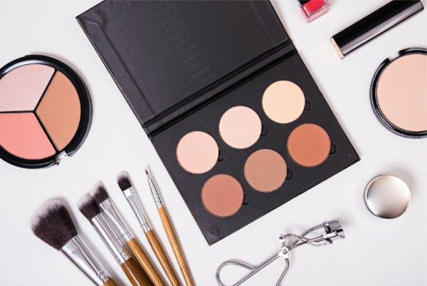 Augen größer schminken Tipps Make up Produkte