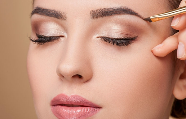 Augen größer schminken Tipps richtig schminken